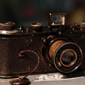 Dünyanın en pahalı kamerası oldu. 2.96 milyon dolara alıcı buldu.