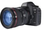 Canon 5D Mark III + Canon EF 24-105mm f/4L IS USM Lens + Yedek Batarya