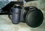 Fujifilm FinePix S2980 14MP 18x Optik Zoom 3 LCD EVF HD Video Dijital Fotoğraf Makinesi (Elektronik Vizör + Full Manuel Çekim İmkanı)